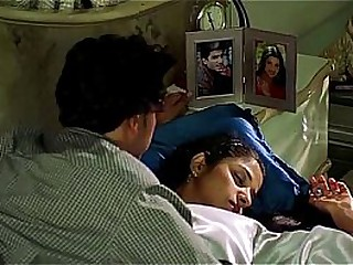 'A Housewife Molested by Electrician'   Hot Scene   (Love In India)