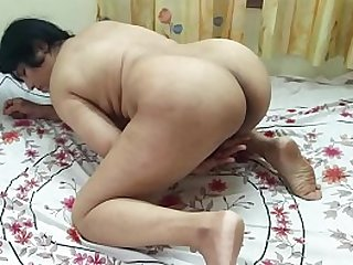 #NaziaPathan Big ass Desi bhabhi masturbating relative to front of camera - Part 1/2