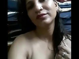 Desi indian babe nude show