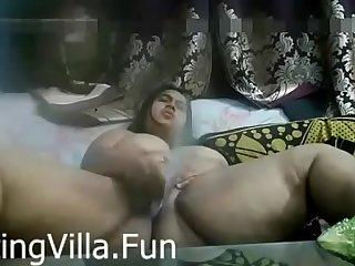 desi indian aunty hot solo..